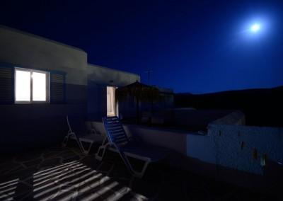 Full moon Paros