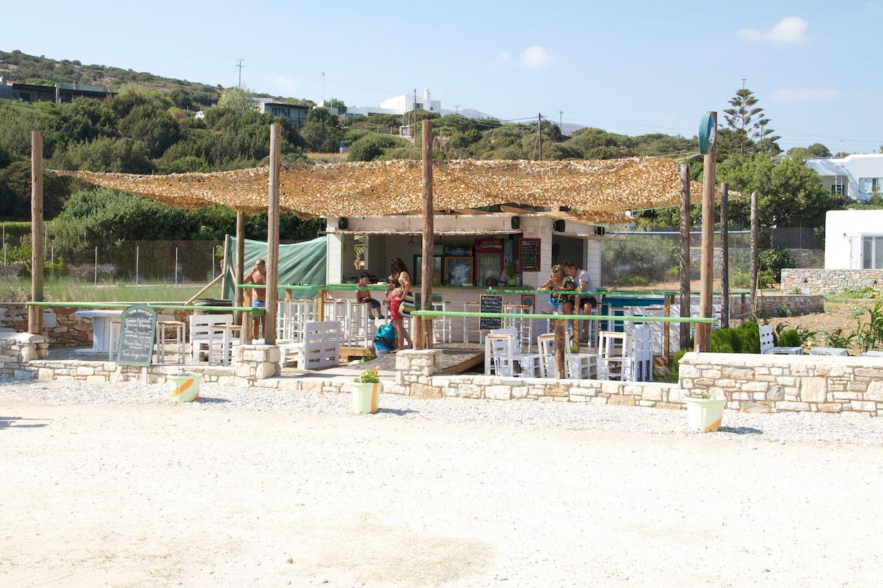 The beach bar at Glyfa