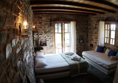 Ensuite bedroom cottage house ideal for 6